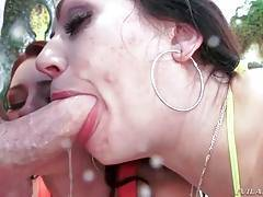 Sarah And Cici Share Cum After Great Anal 2